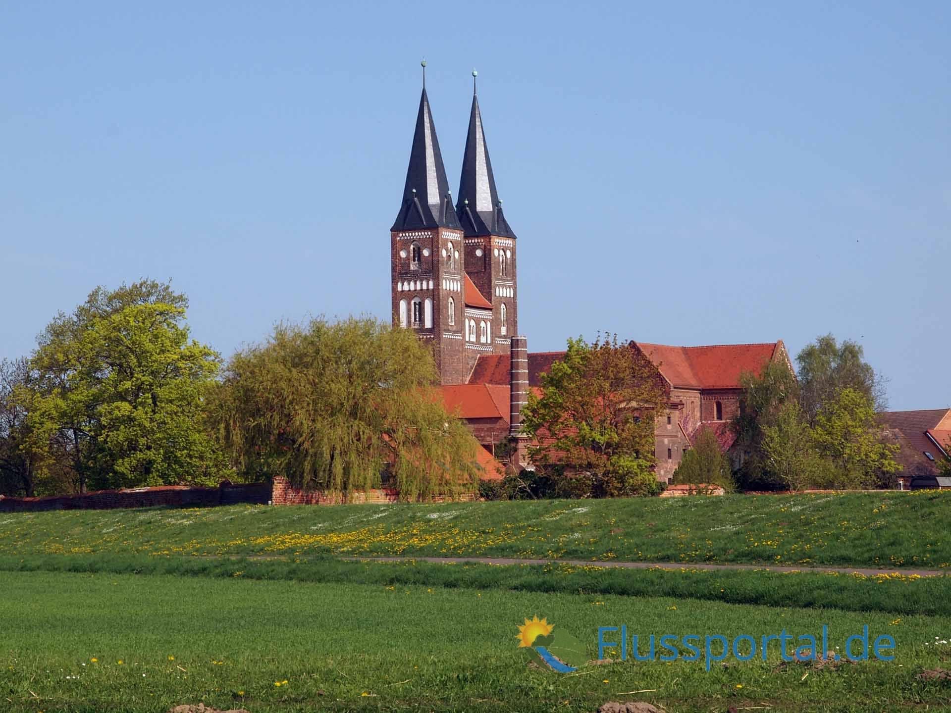 Prämonstratenser-Chorherren aus Magdeburg gründeten das Kloster Jerichow.
