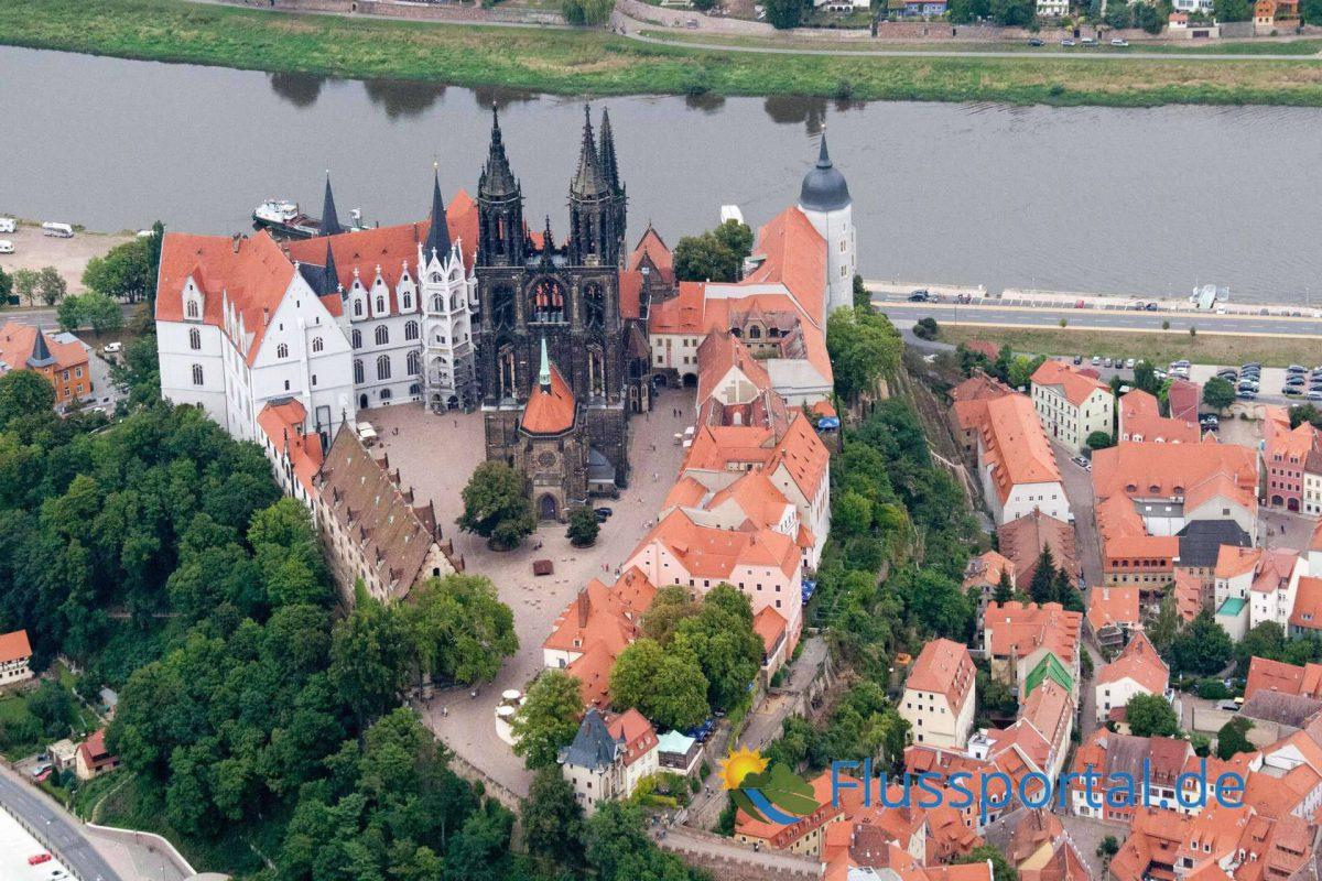 10. Die Meißner Albrechtsburg: Die heute dominierende gotische Kirche entstand erst im 18. Jahrhundert.