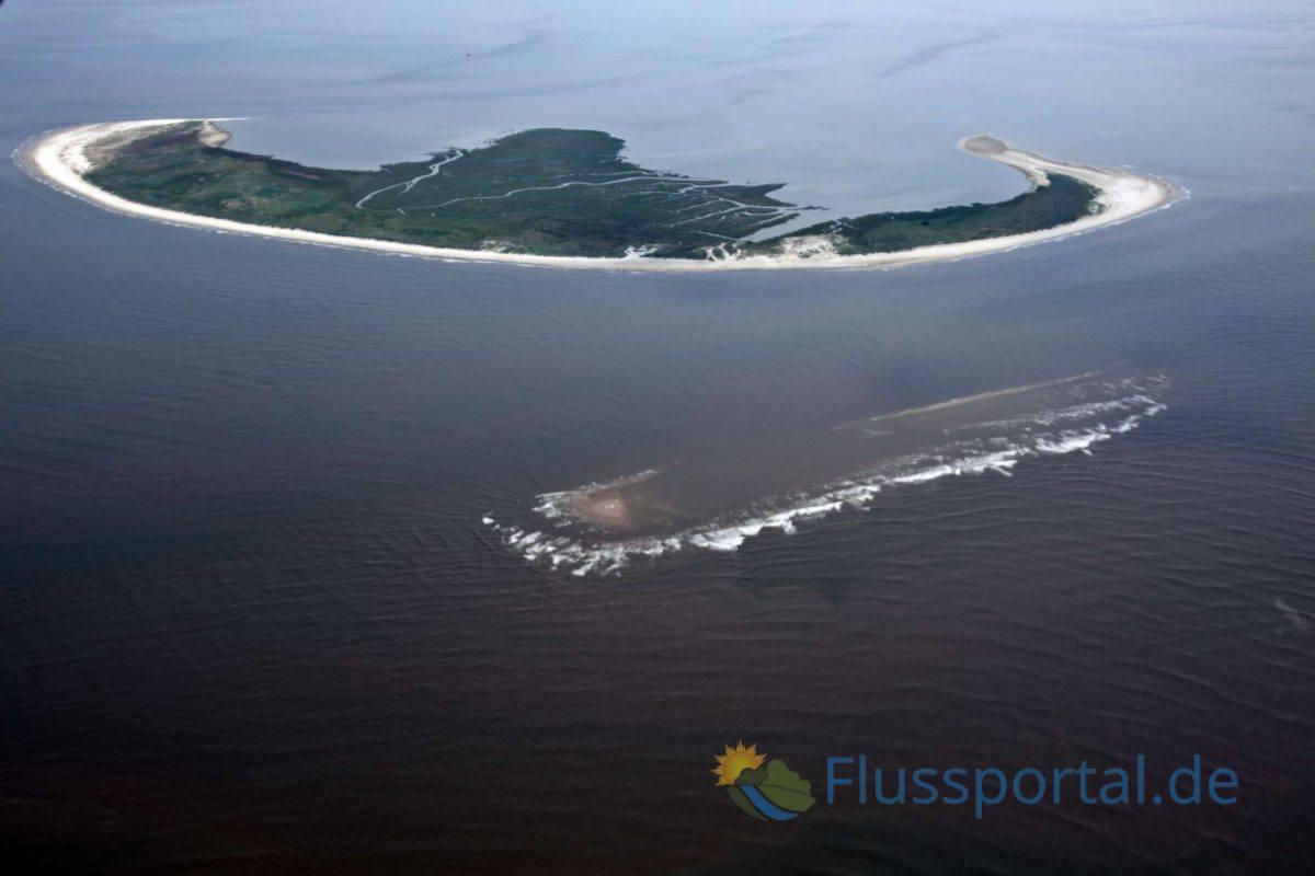 Vierzehn Kilometer nordwestlich von Friedrichskoog liegt die Insel Trischen