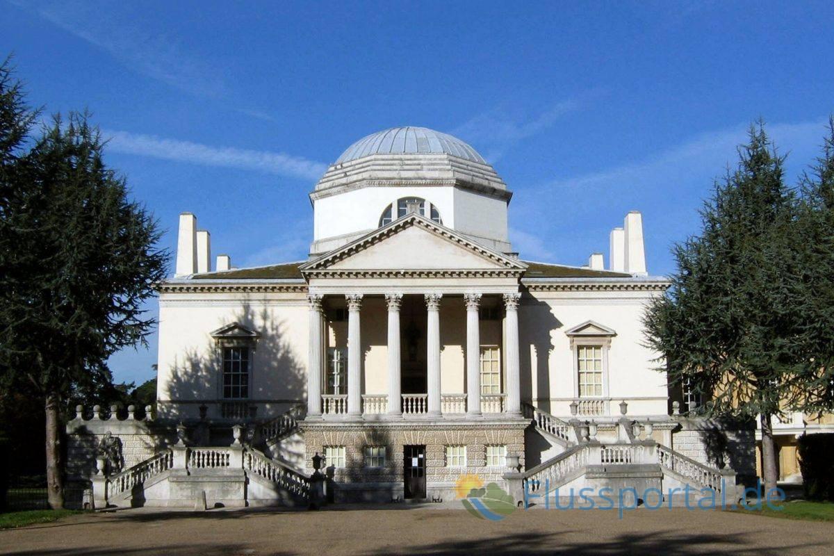 Das durch William Kent errichtete Chiswick House löste eine Begeisterungswelle für klassizistische Bauwerke in ganz Europa aus