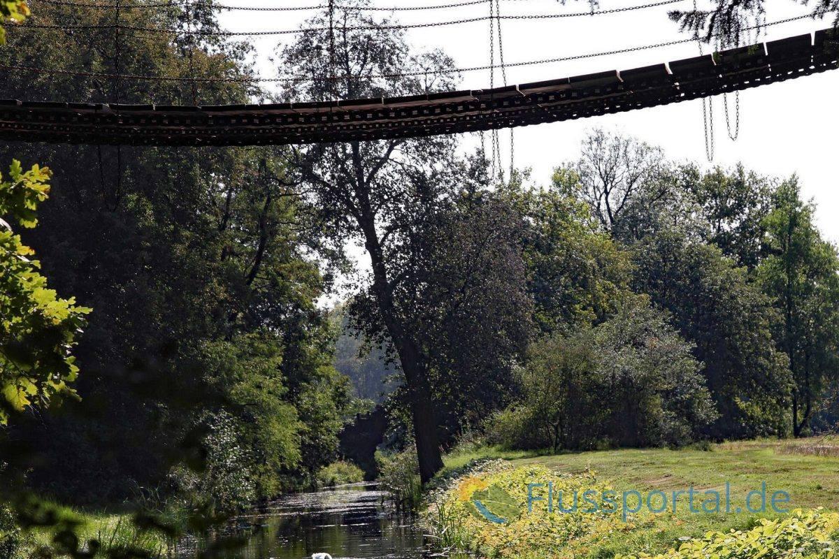 Die schwankende Kettenbücke, naja, als Jungs war es unsere Lieblingsbrücke