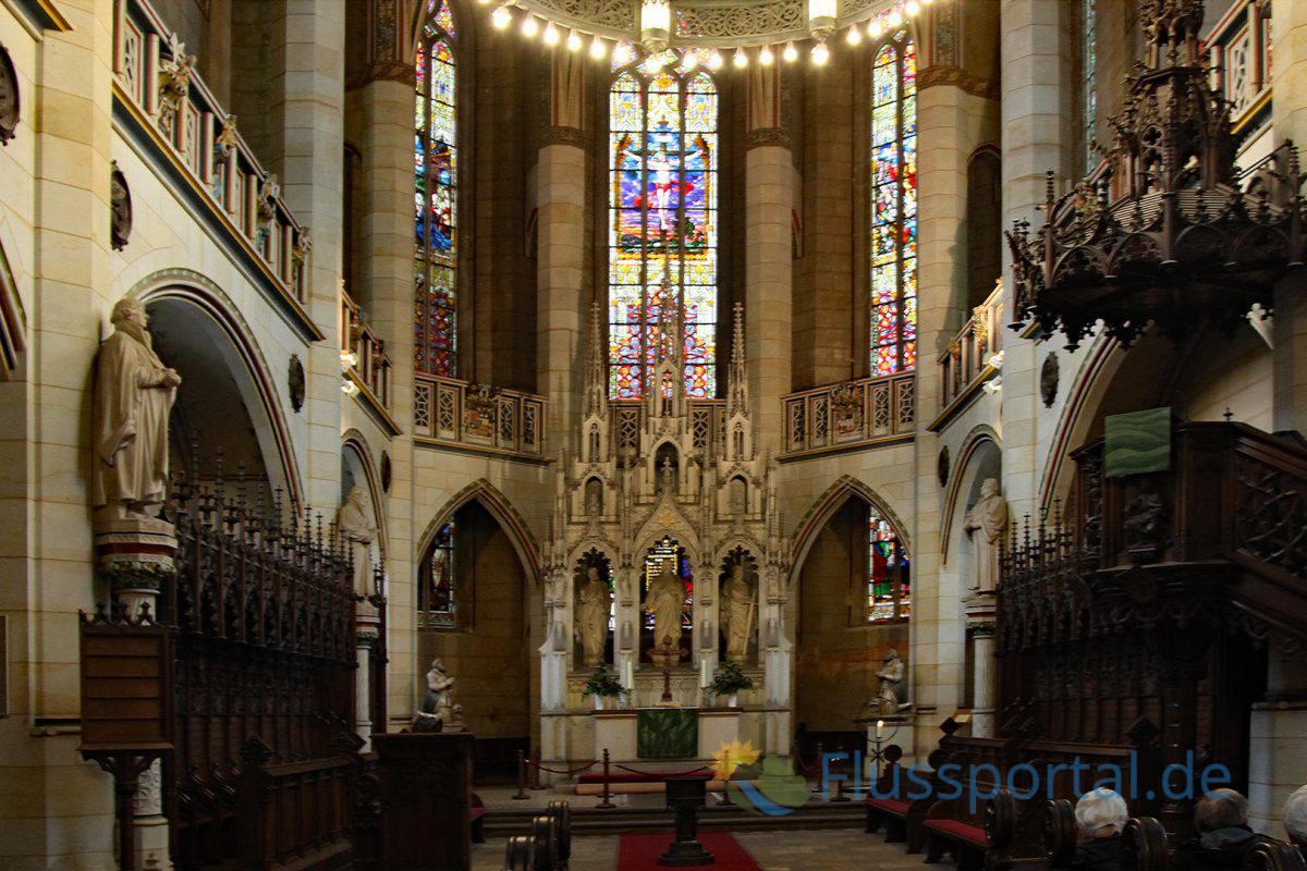 """Anlässlich von Martin Luthers 400. Geburtstag 1883 begann ein tiefgreifender Umbau der Kirche im neugotischen Stil als """"Denkmal der Reformation"""""""