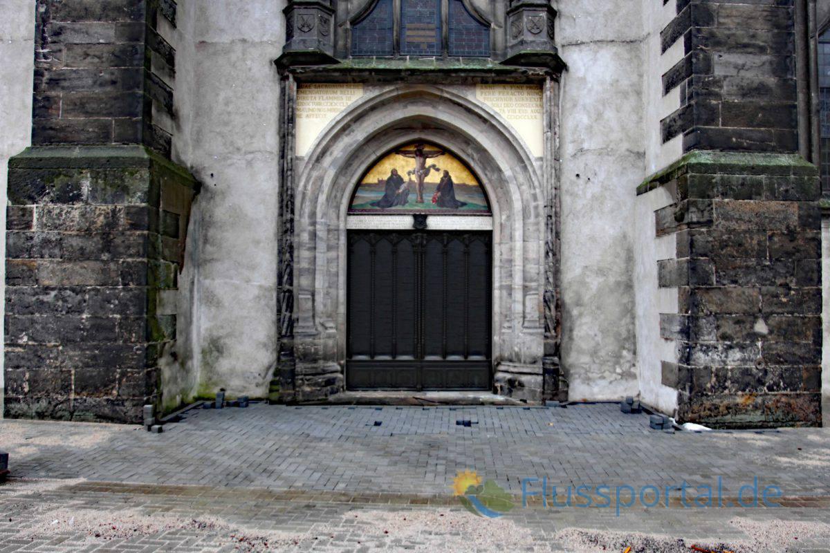 Der Anschlag der 95 Thesen an die Tür Schlosskirche in Wittenberg gilt als Reformationstag