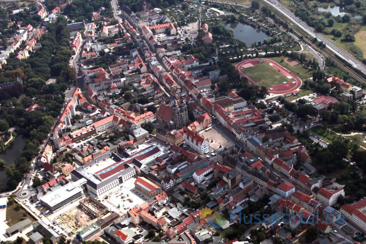 Wie aus dem aktuellen Luftbild zu ersehen ist, hat sich am Stadtkern Wittenbergs seit dem Mittelalter nicht allzu viel verändert.