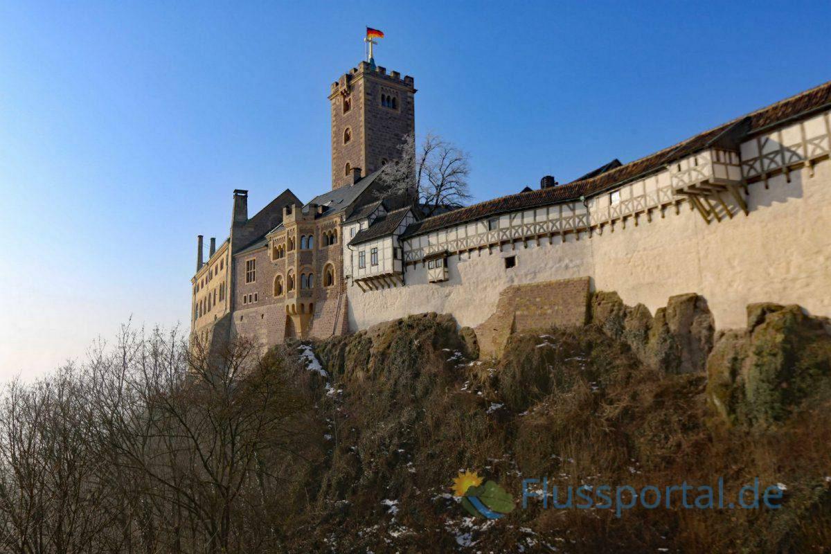 Auf die Wartburg konnte der Kurfürst Luther noch auf eigenem Territorium auf die Wartburg bringen lassen