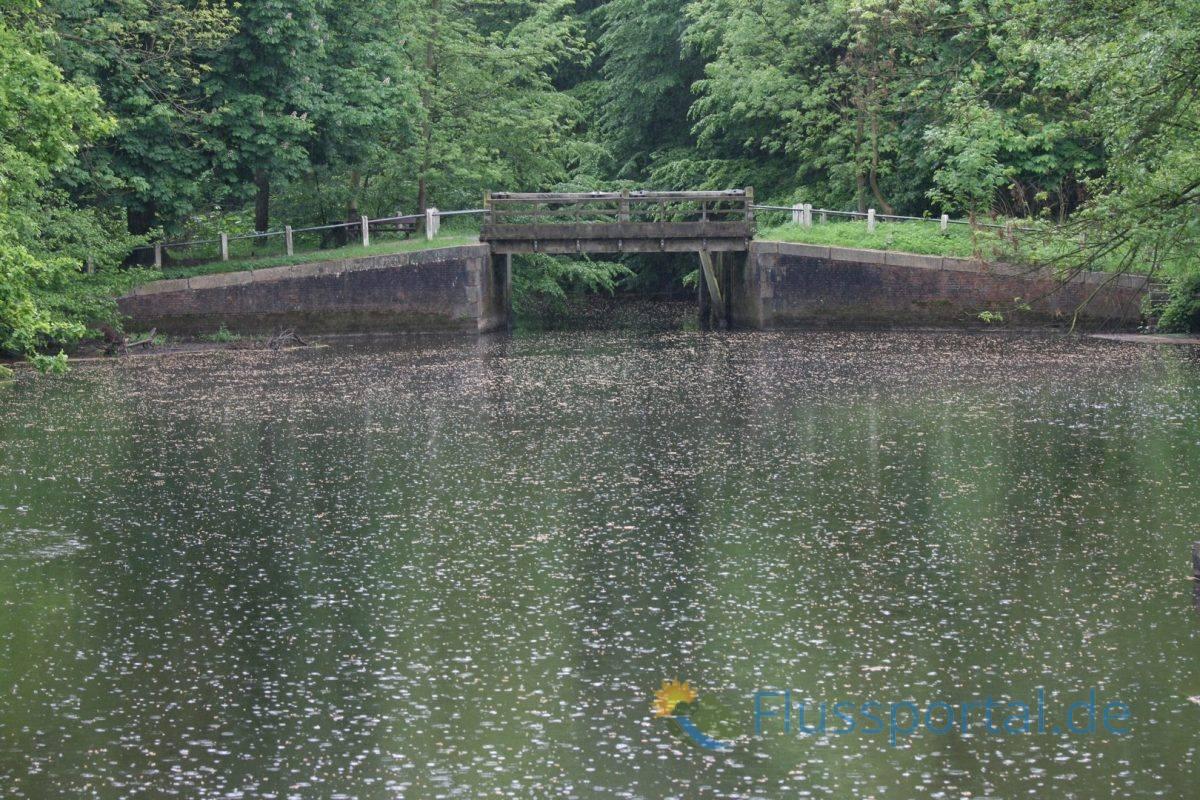 Die Schleusentore der oberen Brücke sind leider nicht mehr vorhanden