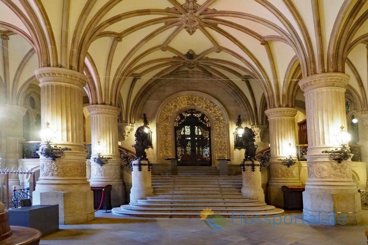 Das Hamburger Rathaus ist der Sitz der Hamburgischen Bürgerschaft und des Senats der Freien und Hansestadt Hamburg