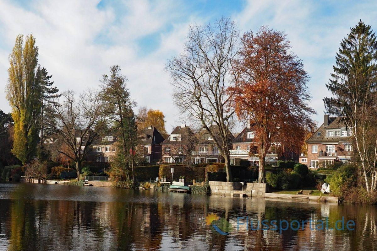 An der Mündung des Inselkanals: Die Villen an der Straße Kugelfang stehen unter Denkmalschutz.