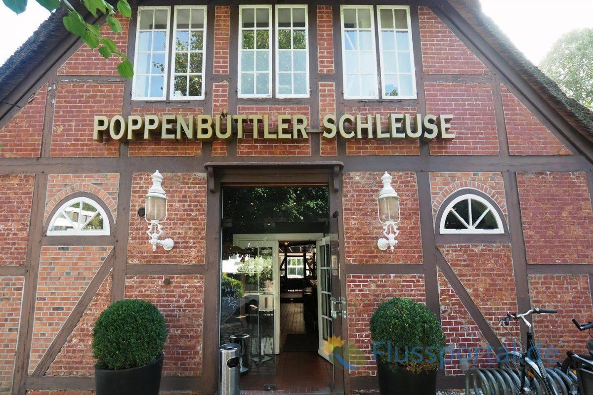 Im Schleusenmeisterhaus Poppenbüttel befindet sich das beliebte Restaurant das Locks, kaum einem ist bewusst, dass das Wirtshaus eine 400 Jahre alte Tradition hat
