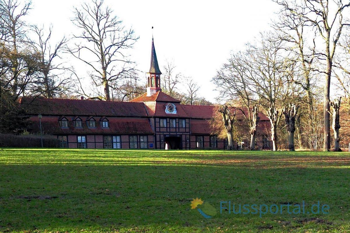 Das Torhaus In Wellingsbüttel ist Heimatmuseum und Veranstaltungsort und kulturellen Mittelpunkt des Alstertals